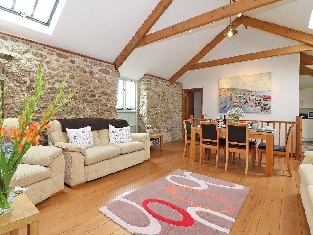 Holiday Cottage Reviews for Barneys Barn - Holiday Cottage in Sennen Cove, Cornwall inc Scilly