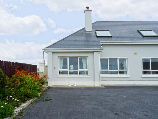 Holiday Cottage Reviews for The Mews - Holiday Cottage in Lahinch, Clare