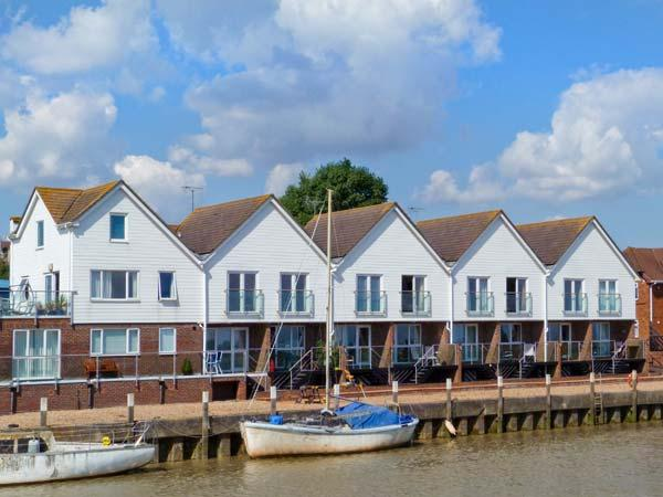 Holiday Cottage Reviews for River View - Holiday Cottage in Rye, East Sussex