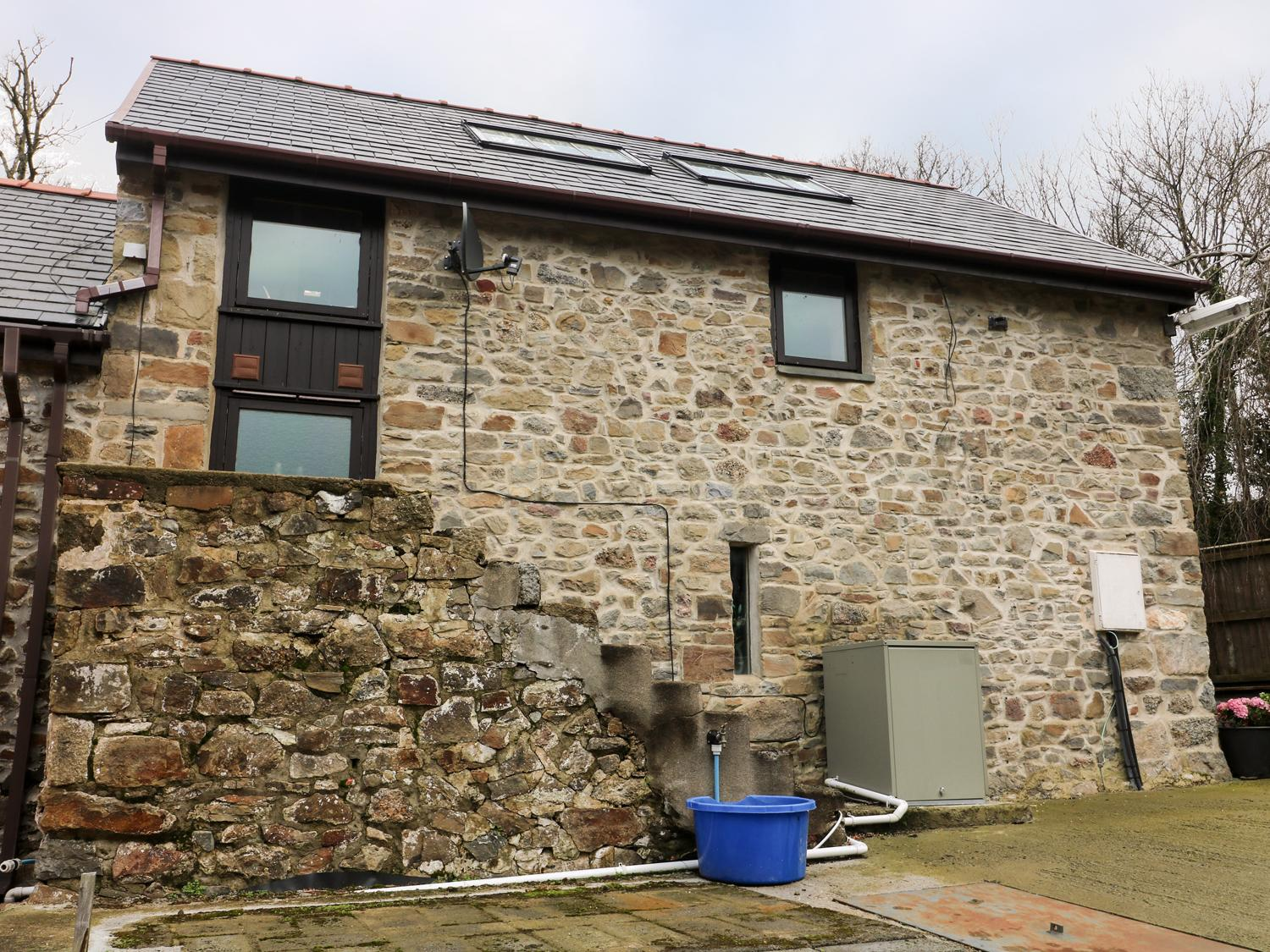 Holiday Cottage Reviews for The Old Barn - Holiday Cottage in Narberth, Pembrokeshire