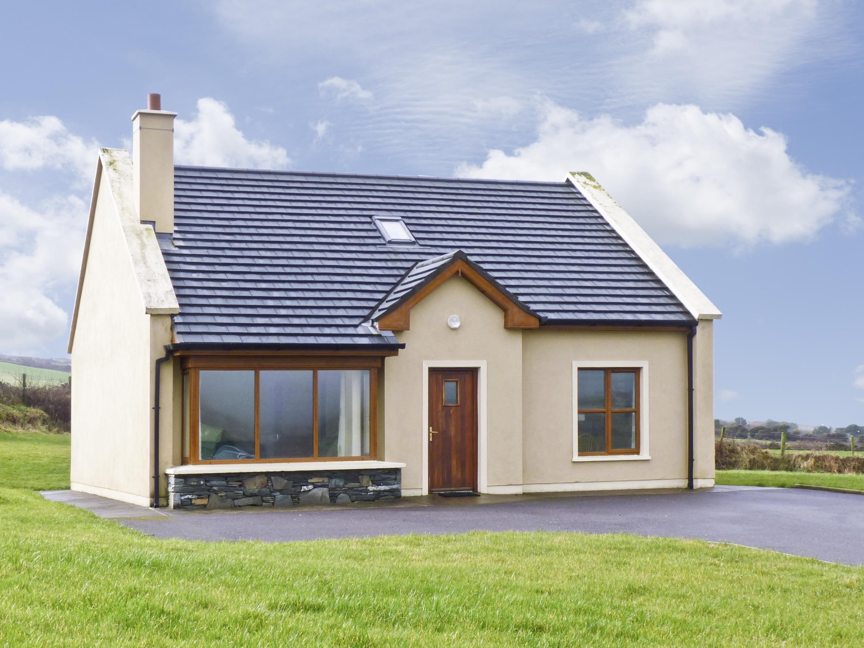 Outstanding Number 8 Dingle Kerry Holiday Cottage Reviews Download Free Architecture Designs Xaembritishbridgeorg