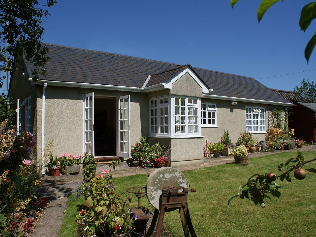 Holiday Cottage Reviews for Wolston Cottage - Holiday Cottage in Landscove, Devon