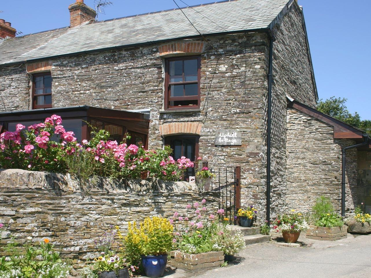Holiday Cottage Reviews for Uphill Cottage - Holiday Cottage in Penrose, Cornwall inc Scilly