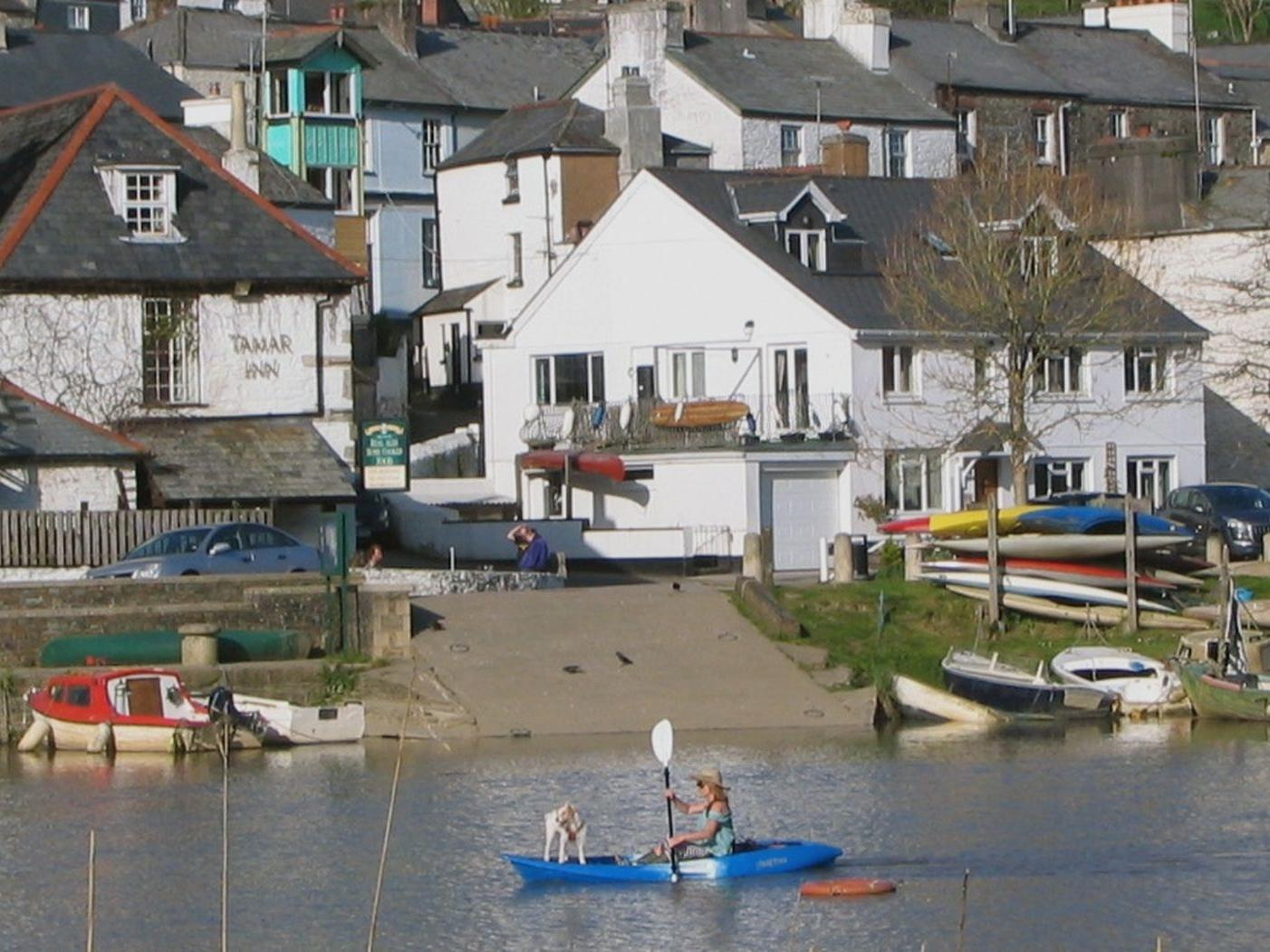 1 River Cottage