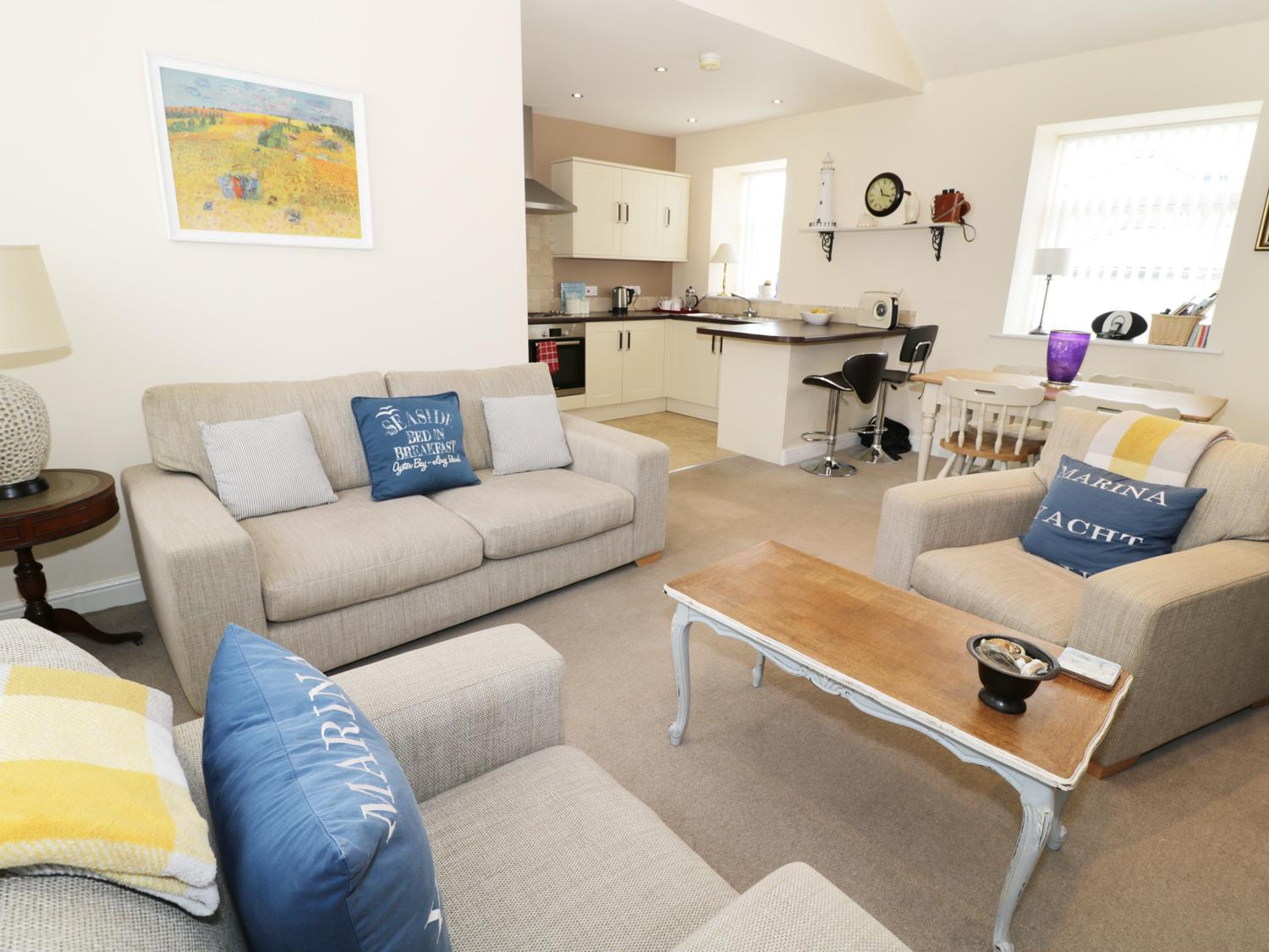 Holiday Cottage Reviews for Driftwood Apartment - Holiday Cottage in Amble, Northumberland
