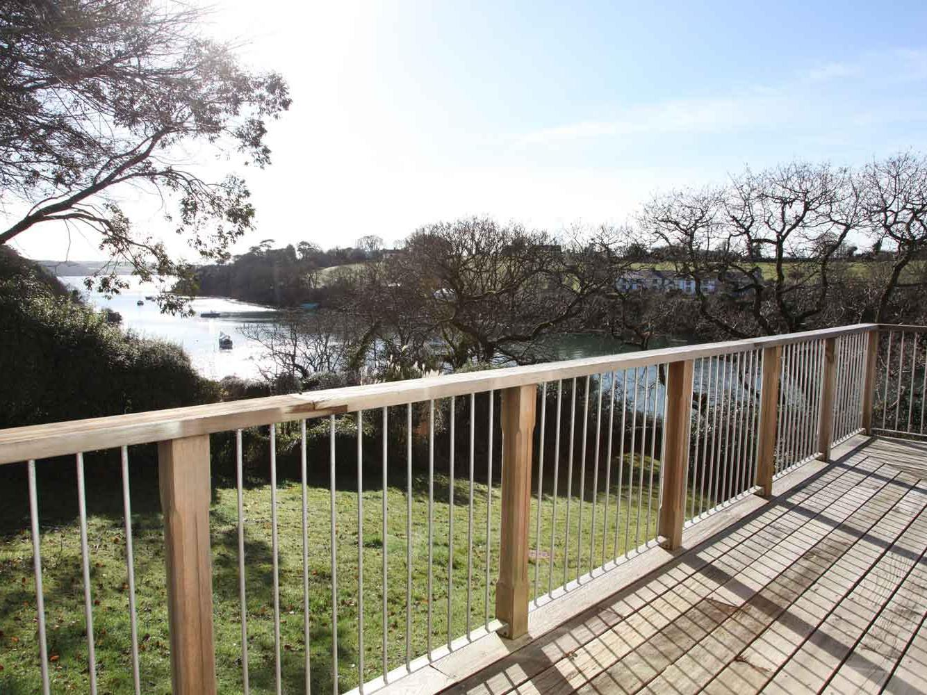 Holiday Cottage Reviews for The Meadow - Holiday Cottage in Feock, Cornwall inc Scilly