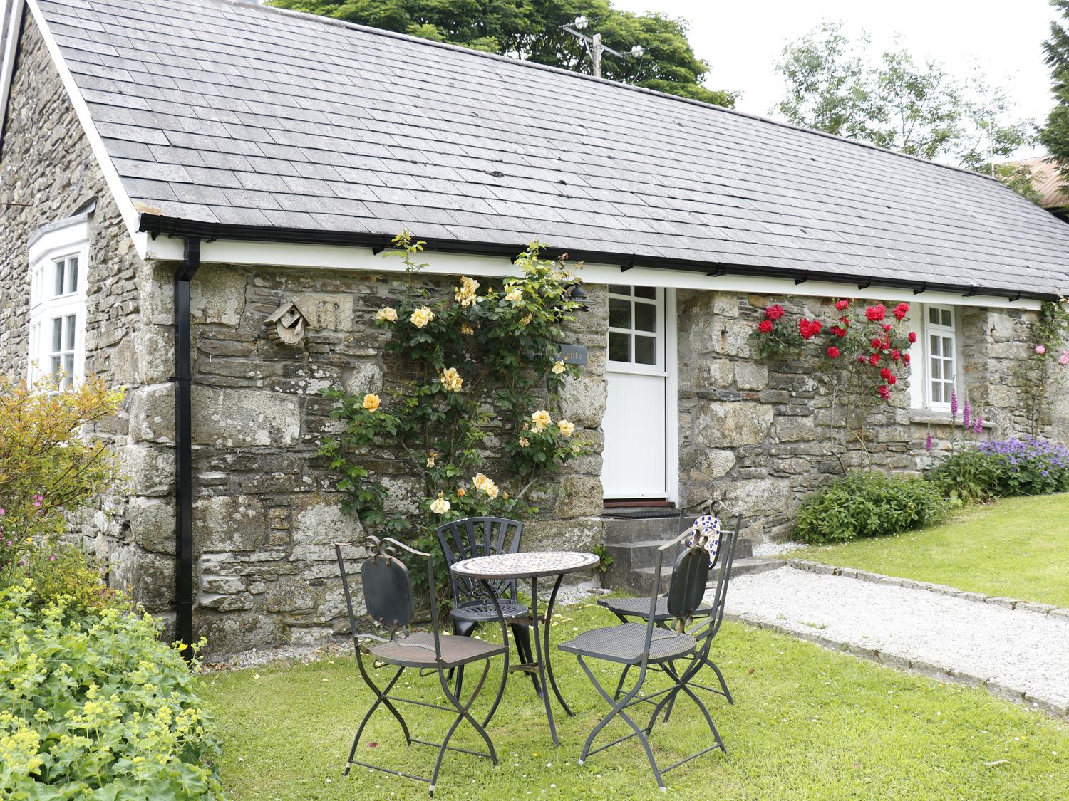 Holiday Cottage Reviews for The Old Stable - Cottage Holiday in Camelford, Cornwall inc Scilly