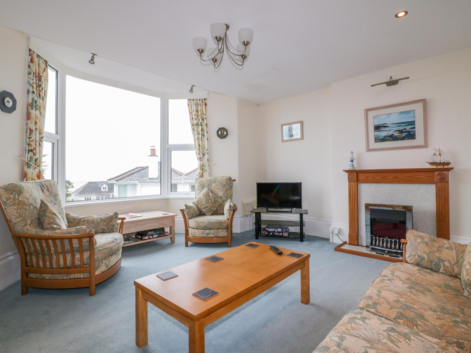 Holiday Cottage Reviews for Yellow Sands Apartment 4 - Holiday Cottage in Padstow, Cornwall Inc Scilly