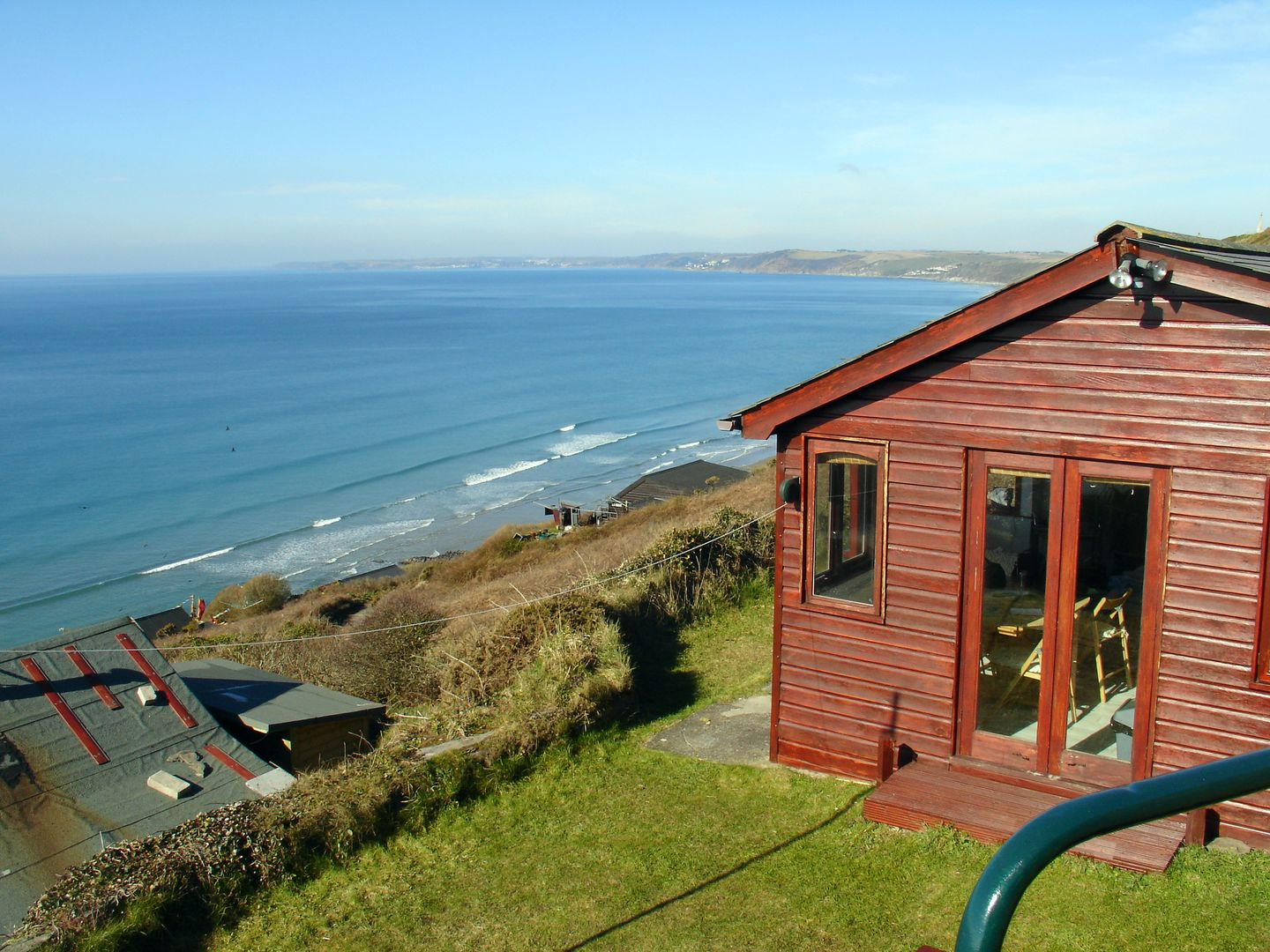 Holiday Cottage Reviews for Seagulls Nest - Holiday Cottage in Whitsand Bay, Cornwall inc Scilly
