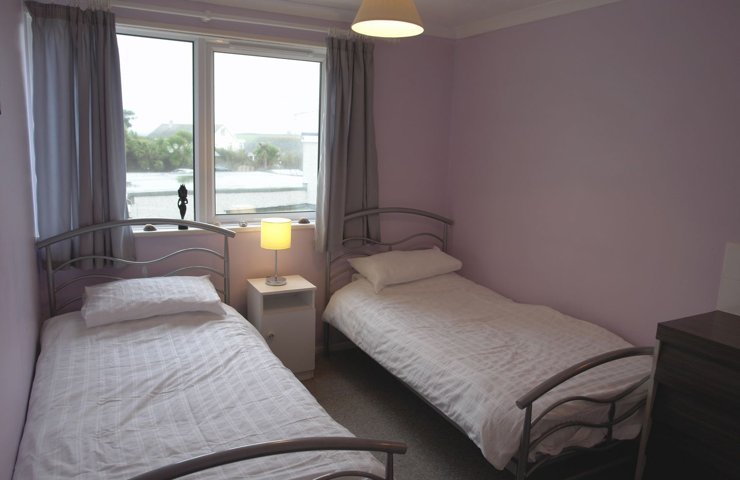 Spindrift No 3 Newquay Twin Bedroom
