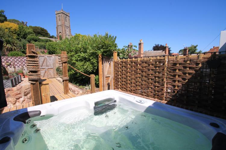 Holiday Cottage Reviews for Stone Barn - Self Catering Property in Minehead, Somerset