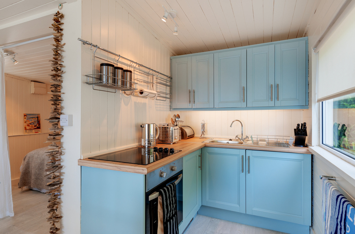 The Dell Holiday Cottage In Whitsand Bay10