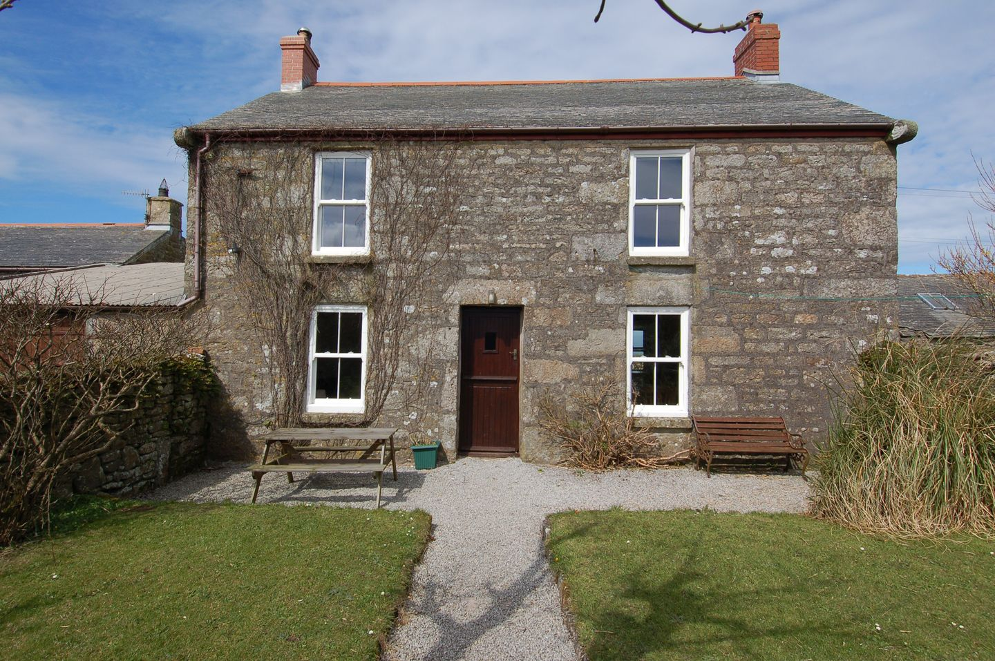 Holiday Cottage Reviews for The Old Farmhouse - Holiday Cottage in Pendeen, Cornwall inc Scilly