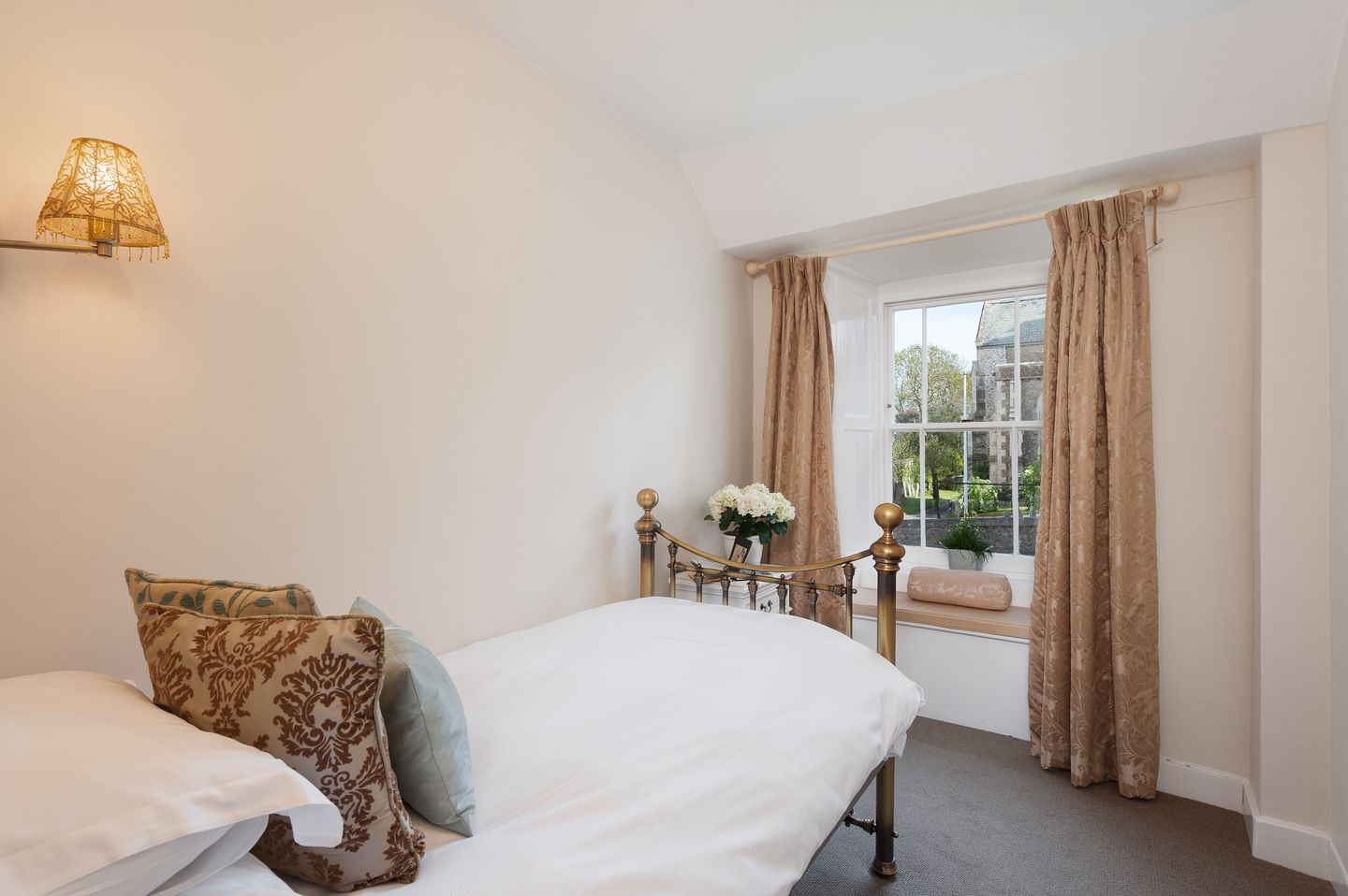 The Old Manor House Charmouth12