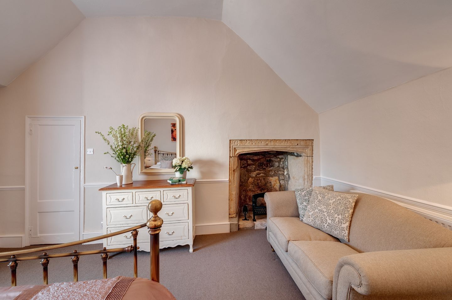 The Old Manor House Charmouth18