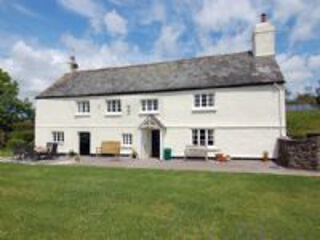 Holiday Cottage Reviews for Lower Well Farmhouse - Self Catering in Ugborough, Devon