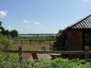 Holiday Cottage Reviews for Butterfly Cottage - Self Catering Property in Ipswich, Suffolk