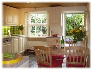 Holiday Cottage Reviews for Candlelight Cottage - Holiday Cottage in Bakewell, Derbyshire