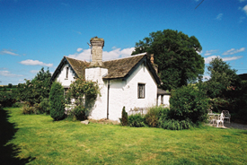 Holiday Cottage Reviews for Lower Moor Lodge - Cottage Holiday in Hay on Wye, Powys