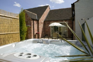 Holiday Cottage Reviews for Old Guadaloupe Cottage - Holiday Cottage in Melton Mowbray, Leicestershire