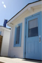Holiday Cottage Reviews for Tolcarne Surf Shacks - Cottage Holiday in Newquay, Cornwall inc Scilly
