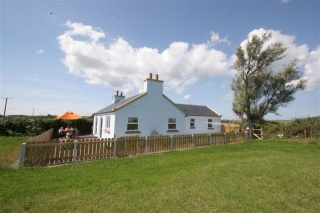 Holiday Cottage Reviews for Thie y Ribbeyder - Cottage Holiday in Ramsey, Isle of Man