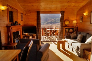 Holiday Cottage Reviews for Foresters Lodge - Cottage Holiday in Glenfinnan, Highlands