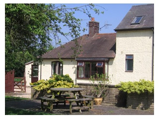 Holiday Cottage Reviews for Elms Farm Cottage - Holiday Cottage in Leicester, Leicestershire