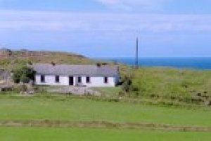 Holiday Cottage Reviews for HILLSIDE COTTAGE - Holiday Cottage in Malin Head, Donegal
