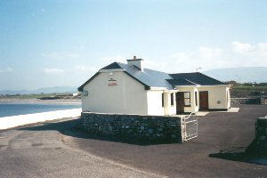 Holiday Cottage Reviews for THE WATERS EDGE - Holiday Cottage in Templeboy, Sligo