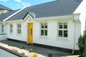 Holiday Cottage Reviews for NO 4 THE BEACH - Holiday Cottage in Enniscrone, Sligo