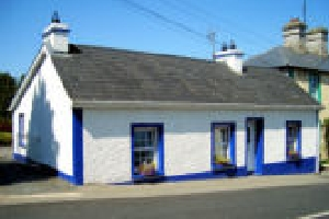 Holiday Cottage Reviews for THE VILLAGE COTTAGE - Holiday Cottage in Bawnboy, Cavan