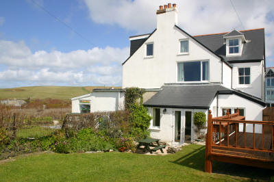Holiday Cottage Reviews for Chy an Porth - Holiday Cottage in Padstow, Cornwall inc Scilly