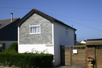 Holiday Cottage Reviews for Dinas View - Self Catering in Padstow, Cornwall inc Scilly
