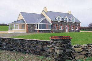 Holiday Cottage Reviews for DAWN VIEW - Holiday Cottage in Schull, Cork