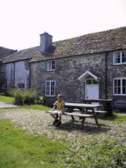 Holiday Cottage Reviews for Bailiffs House - Cottage Holiday in Llandybie, Carmarthenshire