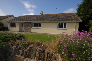 Holiday Cottage Reviews for Phylmaur - Cottage Holiday in Padstow, Cornwall inc Scilly