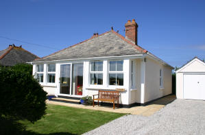 Holiday Cottage Reviews for Trearth - Holiday Cottage in Padstow, Cornwall inc Scilly