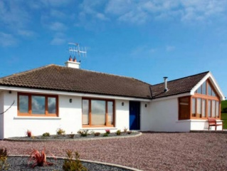 Holiday Cottage Reviews for Lough Cluhir Cottage - Holiday Cottage in Castletownshend, Cork