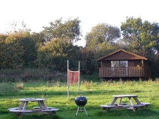 Holiday Cottage Reviews for Honeysuckle Lodge - Cottage Holiday in Winkleigh, Devon