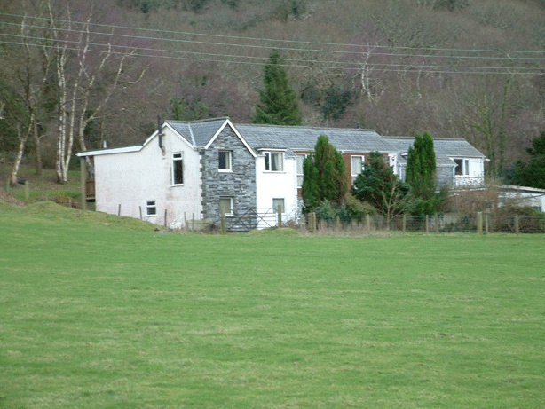 1 Dolgoch Holiday Cottages