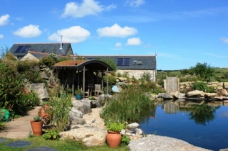 Holiday Cottage Reviews for Little White Alice - Holiday Cottage in REDRUTH, Cornwall inc Scilly