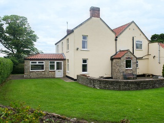 Holiday Cottage Reviews for The Farmhouse - Self Catering in Bedale, North Yorkshire