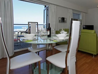 Holiday Cottage Reviews for Dors View, Ocean 1 - Self Catering Property in Newquay, Cornwall inc Scilly