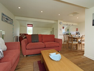 Holiday Cottage Reviews for Watermark, 13 Glendorgal - Self Catering Property in Newquay, Cornwall inc Scilly