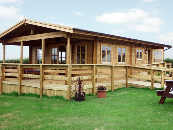 Thornlea Log Cabin