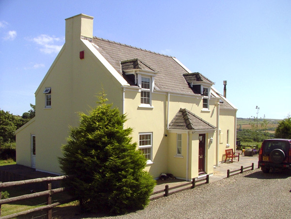 Holiday Cottage Reviews for Trewen - Holiday Cottage in Roch, Pembrokeshire