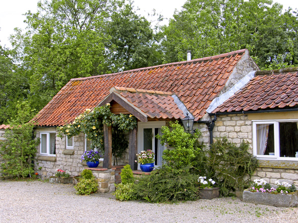 Holiday Cottage Reviews for Foxglove Cottage - Self Catering in Harome, North Yorkshire