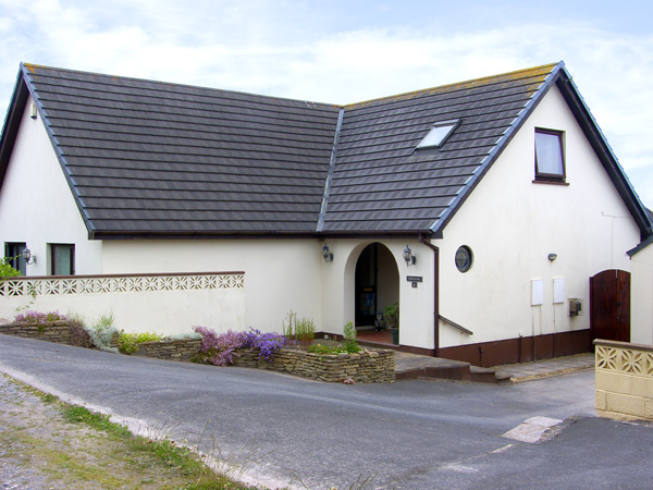 Holiday Cottage Reviews for Herons Reach - Holiday Cottage in Pembroke, Pembrokeshire