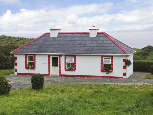 Holiday Cottage Reviews for Thornton's Cottage - Cottage Holiday in Tully, Galway